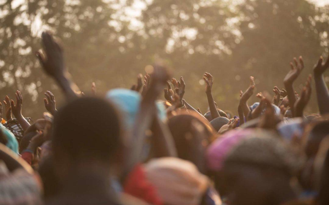 Thousands turn to Jesus